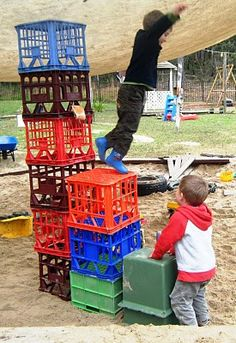 let the children play: outdoor play: when benefits outweigh the risks – Natural Playground İdeas Outdoor Education, Outdoor Learning, Play Based Learning, Early Learning, Outdoor Playground, Natural Playground, Playground Ideas, Pallet Playground, Physical Play