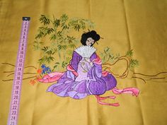 magnificent embroidery with characters. Old par vintagemadeinFRANCE