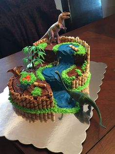 23 ideas birthday party food dinosaur awesome You are in the right place about Dinosaur fondos Here we offer you the most beautiful pictures about the Dinosaur cookies you are l Dinasour Birthday, Birthday Cake Kids Boys, Dinosaur Birthday Cakes, Park Birthday, Dinosaur Party, Boy Birthday Parties, 4th Birthday, Dinosaur Food, Dinosaur Cakes For Boys
