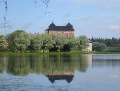 Hämeenlinna, linna vanajaveden rannalla. Häme castle, Hämeenlinna