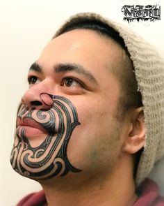 Green is the new black.  Artist: Turumakina Bookings: PM -or- http://ift.tt/2izPAKh  #tamoko #taamoko #moko #newzealand #mataora #maoriart #maoritattoo #maori #indigenous