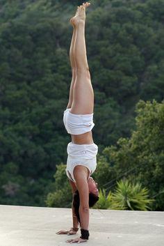 Yoga: Beautiful Hand-Stand