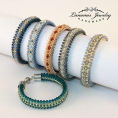 Nice selection of flat caterpillar crochet ropes.