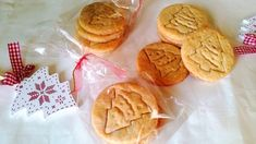 Szénhidrátcsökkentett keksz (pecsételhető diétás recept) - Salátagyár Low Carb Sweets, Stevia, Peanut Butter, Cookies, Cake, Recipes, Food, Wellness, Kitchen