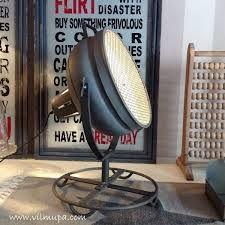 Resultado de imagen para lampara con rejilla decoración industrial