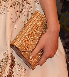 Love the leather + safety pin star bursts on this dress. Plus a glitzy gold clutch! Fashion Heels, Punk Fashion, Womens Fashion, Designer Shoes Heels, Met Gala Red Carpet, Mexican Fashion, Gold Clutch, Kinds Of Clothes, Red Carpet Looks