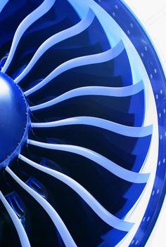 Space in Images - 2012 - 11 - Current turbine blades Turbine Engine, Gas Turbine, Jet Engine, Diesel Engine, Rolls Royce Engines, Mechanical Engineering Design, Mechanic Tattoo, Jumbo Jet, Aircraft Engine
