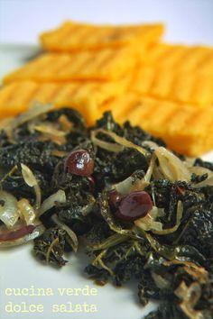 cavolo nero spadellato con crostoni di polenta