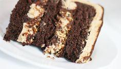 Mocha Almond Fudge Cake | Cake Paper Party
