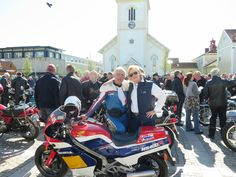 Me and my wife and our Honda NS 400R. Kungsrallyt 2015, for 30 year old bikes (veteran) Kungsbacka