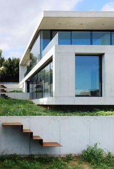 Casa Moderna con Mucho Cristal