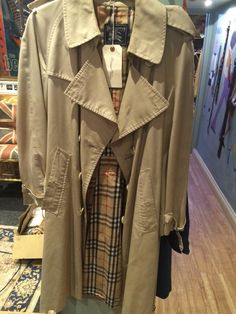 Burberry Mac - I need this in my life Vintage Shops, Military Jacket, Burberry, Mac, Jackets, Life, Shopping, Fashion, Vintage Stores
