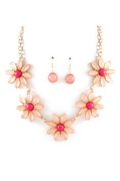 Macy Necklace and Earrings in Blush