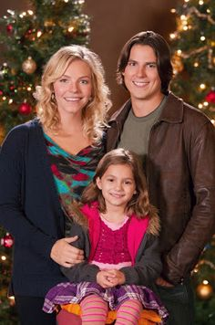 Directed by Allan Arkush. With Sean Faris, Eloise Mumford, Daniel Eric Gold, Dana Watkins. Traumatized by her mother's death, a girl stops talking but is cared for by her three uncles. The story unfolds as all of them find the importance of family. Hallmark Holiday Movies, Great Christmas Movies, Xmas Movies, Christmas Classics, Christmas Music, Christmas Holiday, Weihnachten Mit Holly, Sean Faris, Movies