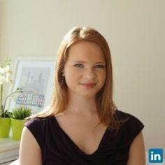 Elizabeth Moody, teacher from United States, teaches english language.