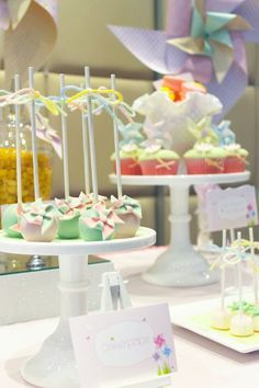 Cute pinwheel cake pops