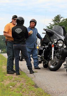 IMG#4650 July 24, 2011 - DAY 2 Banana Break: Billy, Grace and George...New Hampshire