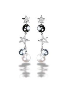 """""""Comète Earrings in 18K white gold, cultured pearls and diamonds."""" https://sumally.com/p/656419?object_id=ref%3AkwHNPvaBoXDOAAoEIw%3AUh77"""