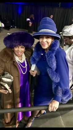 First Lady Louise (Bishop G. Grandma said to cover your head that's why she wore a hat every Sunday to church; Church Suits And Hats, Church Attire, Church Hats, Church Outfits, Royal Blue Outfits, Hats For Women, Clothes For Women, Black Church, Church Fashion