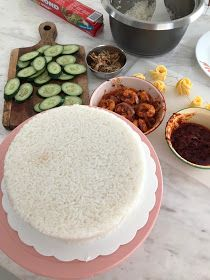 My son Lucas now can take over my place as Nasi Lemak Lover, Lolz ^_^. He is now eating more nasi lemak than me. Nasi Lemak, Rice Cakes, Tart, Food And Drink, Birthday Cake, Cooking, Ethnic Recipes, Presentation, Baking Center