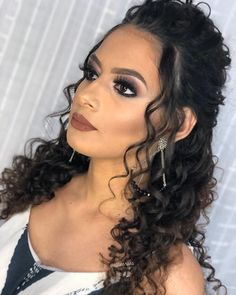 Trendy Hairstyles, Wedding Hairstyles, Amazing Hairstyles, Curly Bridal Hair, Divas, Best Wigs, Beauty Tips For Women, Balayage Hair, Hair Lengths
