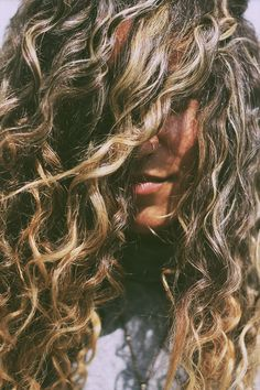 Natural Tips For Curly Hair   Free People Blog #freepeople