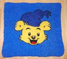 Verdens sterkeste Bamse - tovet/filtet spisebrikke eller sittunderlag Needle Felting, Winnie The Pooh, Disney Characters, Fictional Characters, Knitting, Baby, Tricot, Cast On Knitting, Stricken
