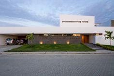 PL House / AI2 Design