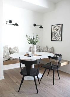 The Best Small Apartment Dining Room Ideas Dining Room Design Apartment Dining Ideas Room Small Dining Room Inspiration, Home Decor Inspiration, Dining Room Design, Designer Dining Chairs, Design Kitchen, Kitchen Ideas, Small Apartments, Small Apartment Design, Home Remodeling