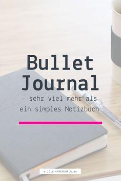 Was ist ein Bullet Journal?  Ein Bullet Journal ist ein Notizbuch, in dem du alles, was du zu tun hast  und was du vor hast und was dich beschäftigt einschreibst. Das Bullet  Journal wird zu deinem Begleiter. Und nein, kein digitales Gadget kann da  mithalten.