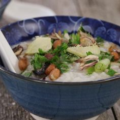 Thanksgiving Turkey Congee | Congee is a Chinese rice porridge traditionally eaten for breakfast or brunch! It is also very good for digestion and has excellent health benefits.
