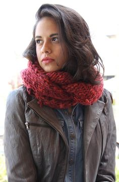 Carmela Cowl in Filatura Di Crosa Cometa - Downloadable PDF. Discover more patterns by Filatura di Crosa at LoveKnitting. We stock patterns, yarn, needles and books from all of your favourite brands.