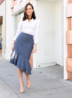 Sydne style shows office outfit ideas in white button down shirt and joie stripe skirt # Pencil Skirt Work, Pencil Skirt Casual, High Waisted Pencil Skirt, Pencil Skirts, Pencil Dresses, Pencil Dress Outfit, Pencil Skirt Outfits, Skirt Fashion, Fashion Outfits