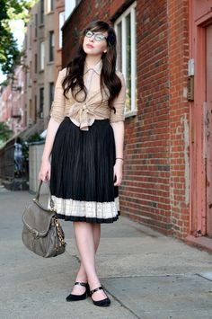 I love the top & the simple black pumps - black & creme is always classy