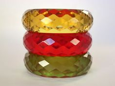 Gorgeous Vintage Applejuice Faceted Bakelite Bangle