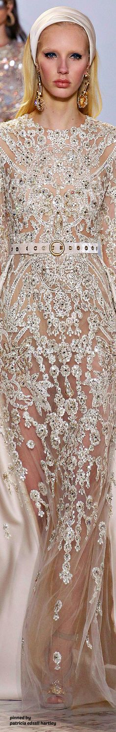 Spring 2017 Couture Featuring Highlights from Elie Saab Fashion Moda, Fashion 2017, Couture Fashion, Runway Fashion, Fashion Show, Fashion Design, Beautiful Gowns, Beautiful Outfits, Glamour Moda