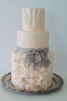 Cake for Utterly Engaged Magazine and based the design on a Vera Wang wedding dress