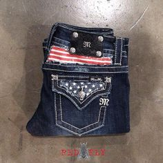 ISO please help me find these Miss me American Flag jeans. Size 32 Miss Me Jeans Boot Cut Country Girl Style, Country Girls, My Style, Country Fashion, Western Style, Country Chic, Western Wear, Country Living, Zuhair Murad
