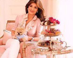 Simply Divine: A Guide to Easy, Elegant, and Affordable Entertaining by Lisa Vanderpump. Lisa is a star of The Real Housewives of Beverly Hills on Bravo TV. Beverly Hills Restaurants, Lisa Vanderpump, Vanderpump Rules, Housewives Of Beverly Hills, Real Housewives, Book Nooks, Look At You, My Living Room, Housewife