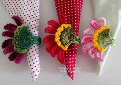 Tecendo Artes em Crochet: Lançamento - Porta Guardanapos Flor Bella !