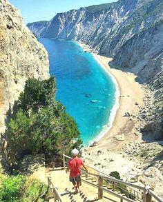 Kefalonia Island , Greece  Greece Acesse Nosso Blog encontre muito mais Informações http://storelatina.com/greece/travelling  #grecia #ਗ੍ਰੀਸ #Тазалоо #vacaciones
