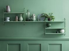 The String Pocket Shelves in jade green