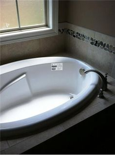 Two person jetted tub for the home pinterest jetted for Extra long soaking tub