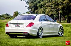 Mercedes-Benz on Vossen Wheels Mercedes Auto, Mercedes Benz Amg, Mercedes S Class, Benz Car, Bentley Continental Gt Speed, Merc Benz, Benz S Class, Classic Mercedes, Maybach