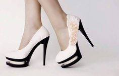 Talons Blanc Luxe Classic