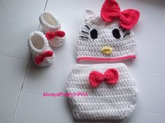 Hello kitty diaper set all done in crochet. Very easy to follow instructions for hat, booties, and diaper cover. Finished product will fit a 0-3 month or 3-6 month size. Made with soft yarn and adorable for those first time pictures.