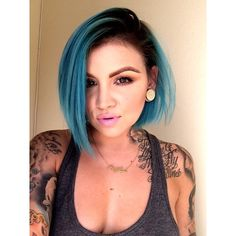 "#ShareIG needed something new for a fresh start. I used @jeromerussellbeauty ""Azul Laguna"""