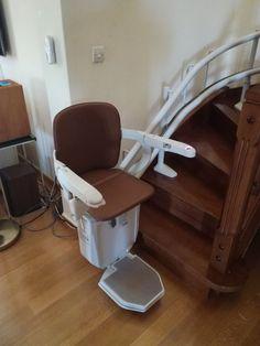 Στην ΚΡΗΤΗ μία νέα εγκατάσταση!   Ένα ακόμη μοντέλο SIENA 260 για περιστροφικές σκάλες εγκαταστήσαμε στην ΚΡΗΤΗ.    Μοντέρνο design, προηγμένη τεχνολογία, μοναδικό στυλ, κορυφαίες επιδόσεις και μέγιστη ασφάλεια!