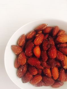 Roasted almonds in Philips Airfryer - Veenas Vegnation Recipe Source, Air Frying, Roasted Almonds, Almond Recipes, Air Fryer Recipes, Finger Foods, Indian Food Recipes, Ketogenic Diet, Diets