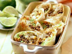 Gebackene Wraps mit Hack-Gemüse-Füllung ist ein Rezept mit frischen Zutaten aus der Kategorie Fleisch. Probieren Sie dieses und weitere Rezepte von EAT SMARTER!